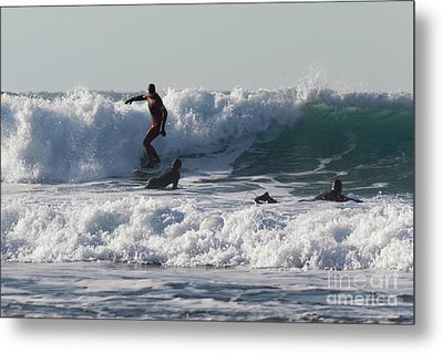 Surfers At Porthtowan Cornwall Metal Print by Brian Roscorla