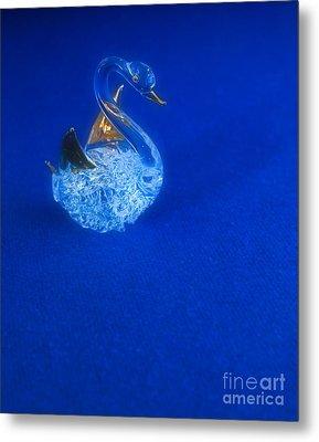 Swan Metal Print by Odon Czintos