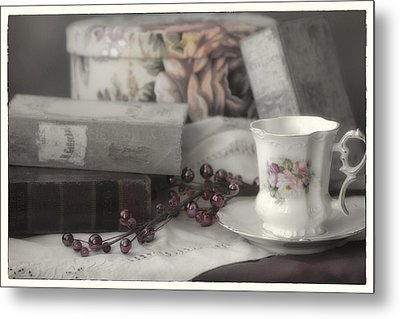 Tea And Gulliver Metal Print