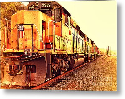 Union Pacific Locomotive Trains . 7d10588 Metal Print by Wingsdomain Art and Photography