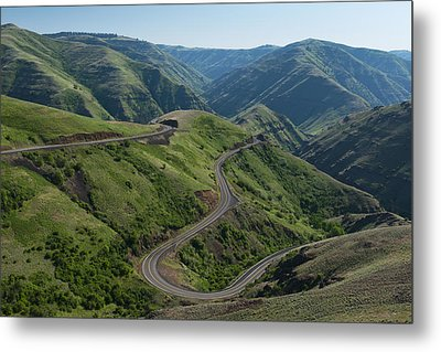 Usa, Washington, Asotin County, Mountain Road Metal Print by Gary Weathers