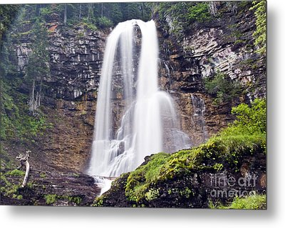 Virginia Falls Metal Print by Scotts Scapes