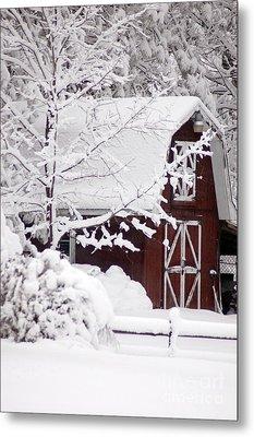 Winter Barn Metal Print by Cheryl Cencich