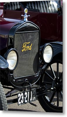 1925 Ford Model T Coupe Grille Metal Print by Jill Reger
