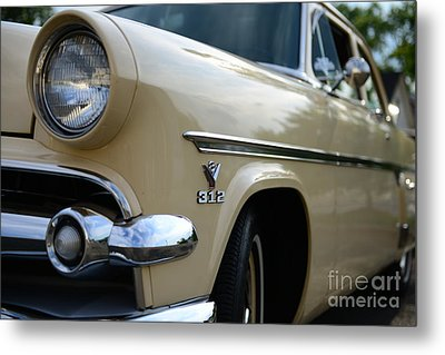 1954 Ford Customline Front End Metal Print by Paul Ward
