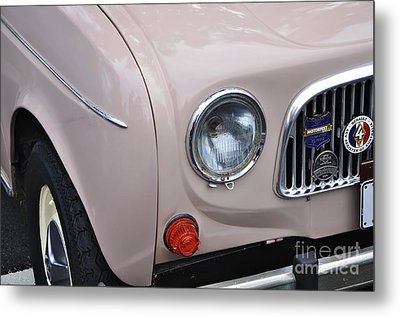 1963 Renault R4 - Headlight And Grill Metal Print by Kaye Menner
