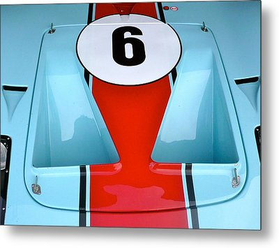 Metal Print featuring the photograph 1965 Ford Gt40 Hood Detail by John Colley