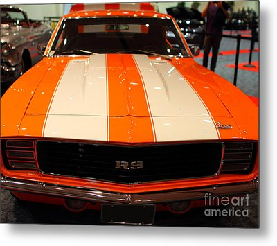 1969 Chevrolet Camaro 350 Rs . Orange With Racing Stripes . 7d9428 Metal Print by Wingsdomain Art and Photography