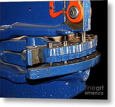 C120 Metal Print by Tom Griffithe