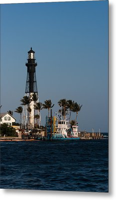 Hillsboro Inlet Lighthouse Metal Print by Ed Gleichman