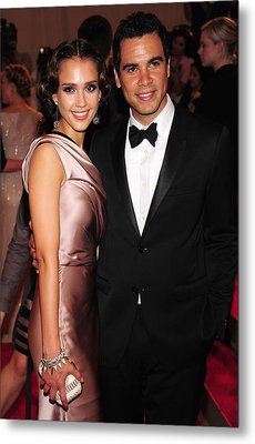 Jessica Alba, Cash Warren At Arrivals Metal Print by Everett