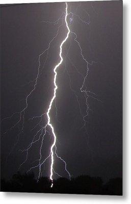 Lightning  Metal Print by Vonda Barnett