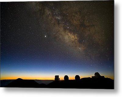 Milky Way And Observatories, Hawaii Metal Print by David Nunuk