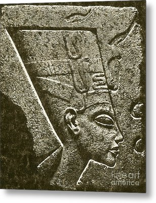 Nefertiti, Ancient Egyptian Queen Metal Print by Science Source