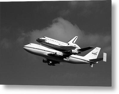 Shuttle Endeavour Metal Print by Jason Smith