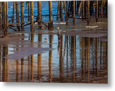 Hastings Pier Metal Print by Dawn OConnor