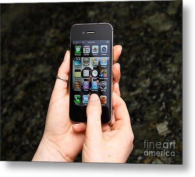 Hands Holding An Iphone Metal Print by Photo Researchers, Inc.