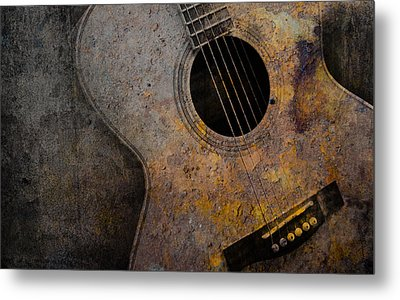 Old Guitar Metal Print by Nattapon Wongwean