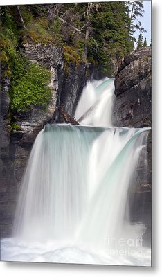 St Marys Falls Metal Print by Scotts Scapes
