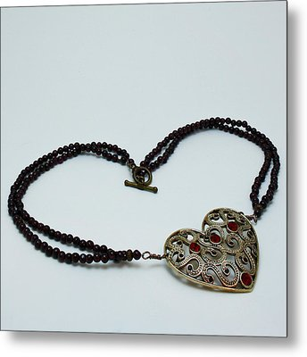 3597 Vintage Heart Brooch Pendant Necklace Metal Print