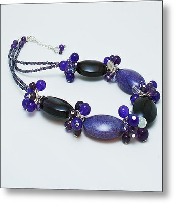 3598 Purple Cracked Agate Necklace Metal Print by Teresa Mucha