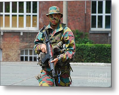 A Paratrooper Of The Belgian Army Metal Print by Luc De Jaeger