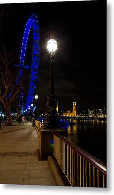 London Eye Night View Metal Print by David Pyatt