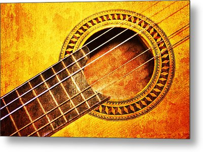 Old Guitar Metal Print by Nattapon Wongwean