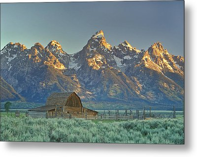 A Barn In The Rocky Mountains Metal Print by Robbie George