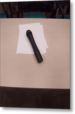 A Microphone On The Lectern Of A Presentation Room Metal Print by Ashish Agarwal