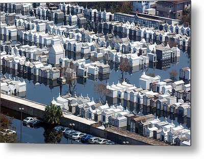 A New Orleans Cemetery Is Swamped Metal Print by Everett