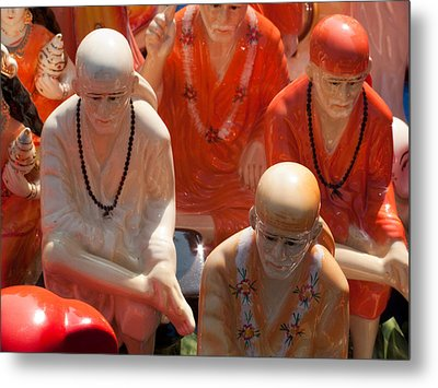 A Number Of Statues Of The Shirdi Sai Baba For Sale At Surajkund Mela Metal Print by Ashish Agarwal