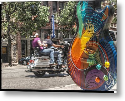 A Rainbow Guitar On Congress In Austin Metal Print by Jennifer Holcombe