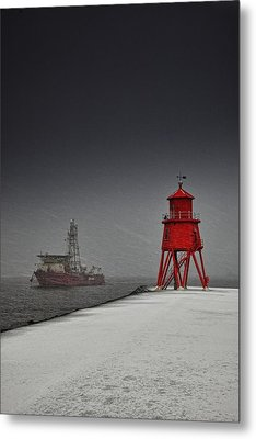 A Red Lighthouse Along The Coast In Metal Print by John Short