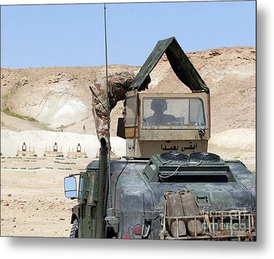 A Soldiier Instructs An Iraqi Army Metal Print by Stocktrek Images