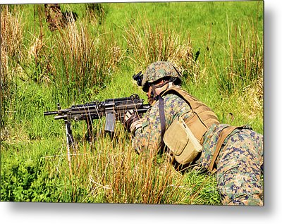 A U.s. Army Soldier Training Metal Print by Andrew Chittock