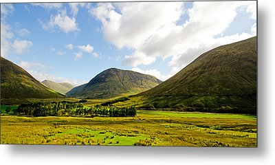 A View Over Rannoch Moor Metal Print by Chris Thaxter