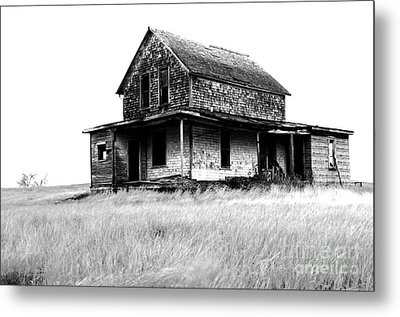 Abandoned And Alone Metal Print by Bob Christopher