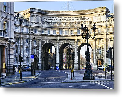 Admiralty Arch In Westminster London Metal Print by Elena Elisseeva