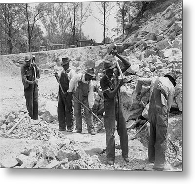 African American Convicts In A Southern Metal Print by Everett