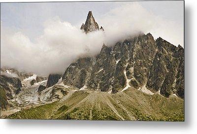 Aiguille Du Dru In Mont Blanc Massif Metal Print by David Pérez