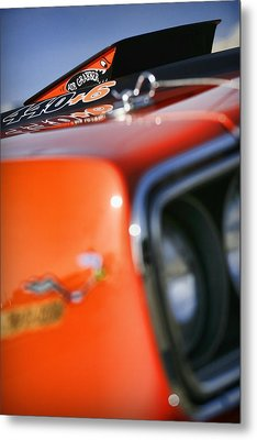 Air Grabber  Metal Print by Gordon Dean II
