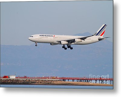 Airfrance Airlines Jet Airplane At San Francisco International Airport Sfo . 7d12219 Metal Print by Wingsdomain Art and Photography