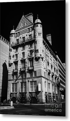 Albion House James Street Liverpool Former Offices Of The White Star Line  Metal Print by Joe Fox