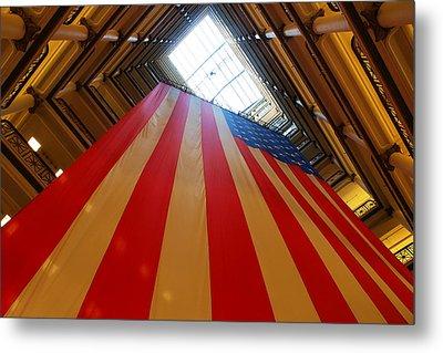 American Flag In Marshall Field's Metal Print by Paul Ge