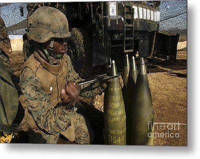 An Artilleryman Places A Fuse Metal Print by Stocktrek Images