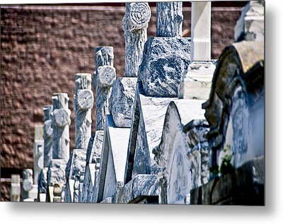 Angled Heahstones Metal Print by Ray Laskowitz