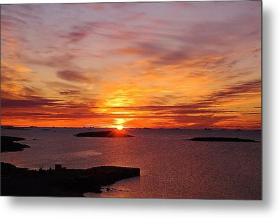Antarctic Sunset 02 Metal Print by David Barringhaus