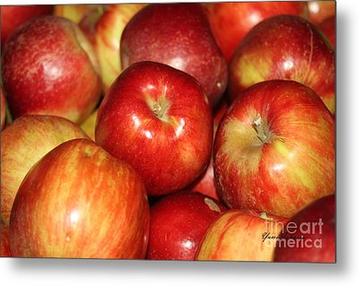 Apples Metal Print by Yumi Johnson