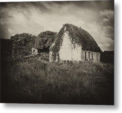 Metal Print featuring the photograph Aran Island Home by Hugh Smith
